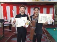 優勝の杉山選手(左)と準優勝の丸岡選手(右)